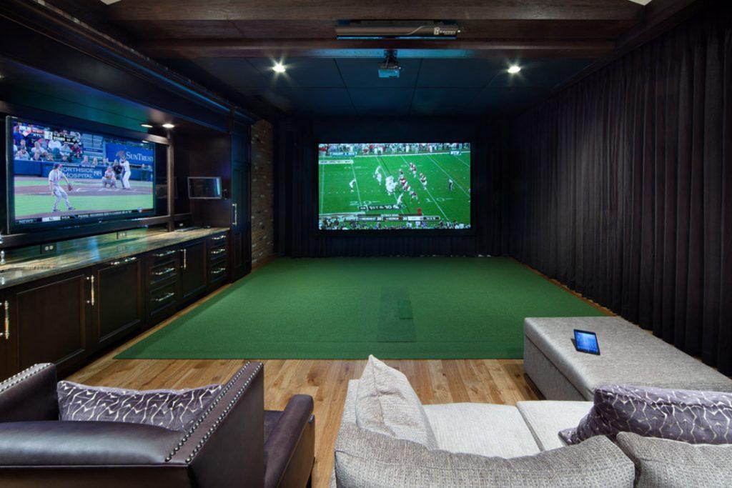 Man Cave Golf Simulator : A man cave for golfers traditional basement toronto